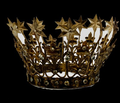 Amelia Crown